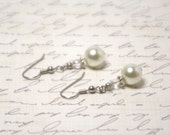 Cream  Pearl and Swarovski Crystal Earrings, Elegant Simple Pearls, Sparkle, Wedding, Bridal, Bridesmaids