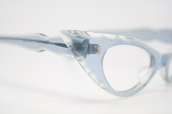beautiful blue vintage cat eye glasses retro