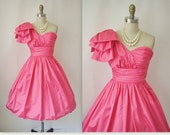 Vintage Prom Dress // 1980's One Shoulder Hot Pink Taffeta Cocktail Party Prom Dress XXS XS