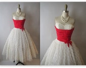 50's Prom Dress //  Vintage 1950's Strapless White Tulle Wedding Party Prom Dress S