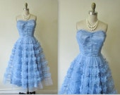 50's Prom Dress //  Vintage 1950's Strapless Periwinkle Tulle Prom Wedding Dress XS