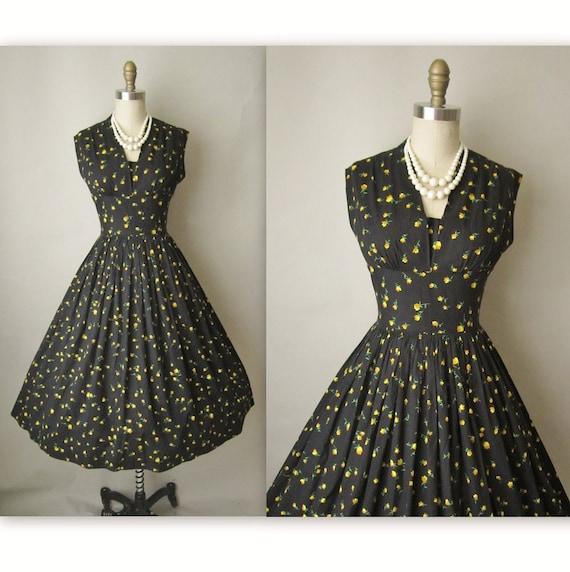 50's Floral Print Dress // Vintage 1950's Floral Print Cotton Garden Party Day Dress S