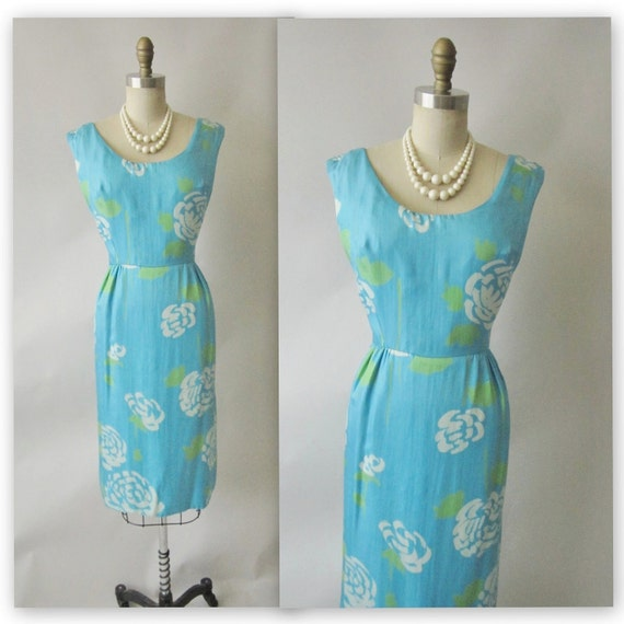 50's Silk Floral Dress // Vintage 1950's Floral Print Garden Party Mad Men Wiggle Dress M