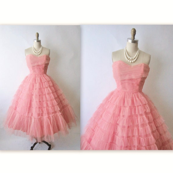 50's Prom Dress // Vintage 1950's Strapless Salmon Tulle Wedding Party Prom Dress S