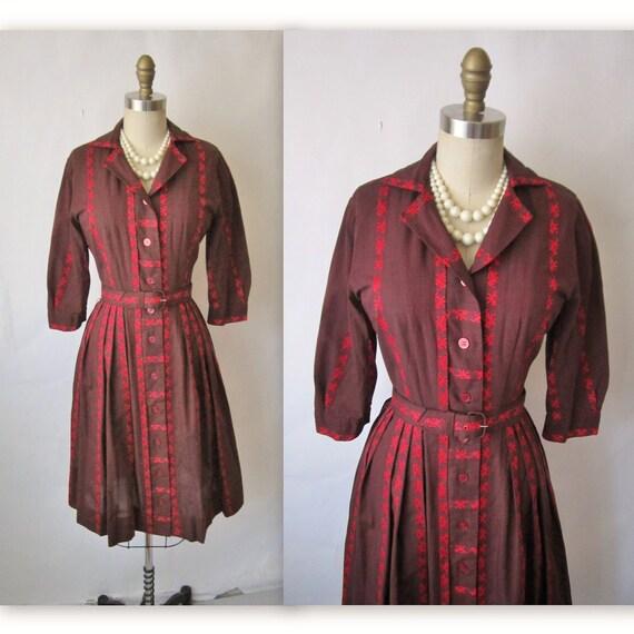 60's Shirtwaist Dress // Vintage 1960's Embroidered Cotton Shirtwaist Casual Dress XS S