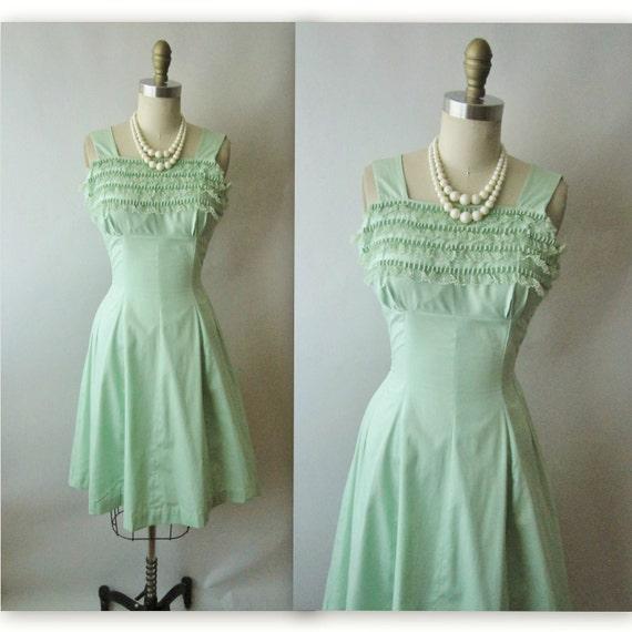50's SummerDress // Vintage 1950's Sweet Green Ruffle Garden Party Dress Sun Dress S