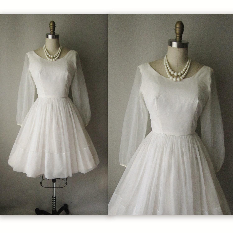 Vintage 1960s Wedding Dresses: 60's Wedding Dress // Vintage 1960's White Chiffon