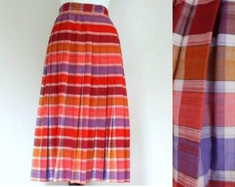 1960s skirt / 60s skirt / plaid skirt / pleated skirt / cotton skirt / pink skirt small  xs