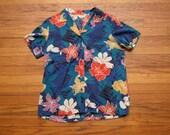 women's vintage floral short sleeve button up.