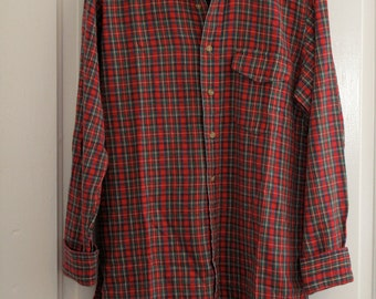 mens vintage Woolrich flannel button up.