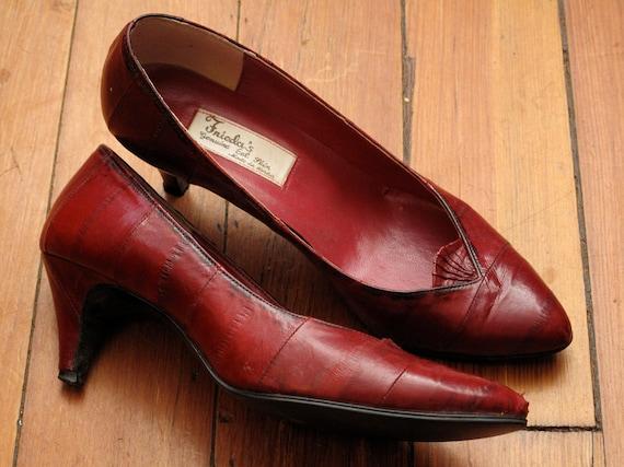 women's vintage eel skin heels.