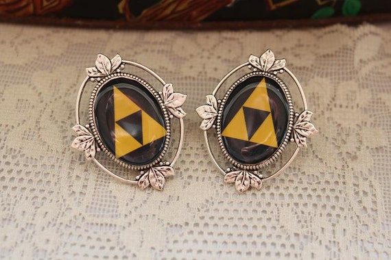 RESERVED For Lauren Bailey - Legend Of Zelda - TRIFORCE PLUGS - 00g / 10mm Plugs - For gauged  ears :)