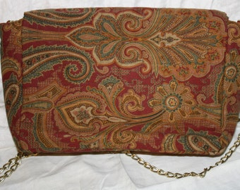 Purse in Paisley