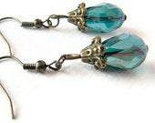 Teal earrings, jewelry, dangle earrings, drop earrings, gift for her, women, crystal, Europe, romantic jewelry