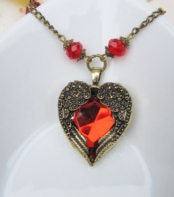 Red heart pendant necklace, jewelry, crystals, romantic, vintage style, long