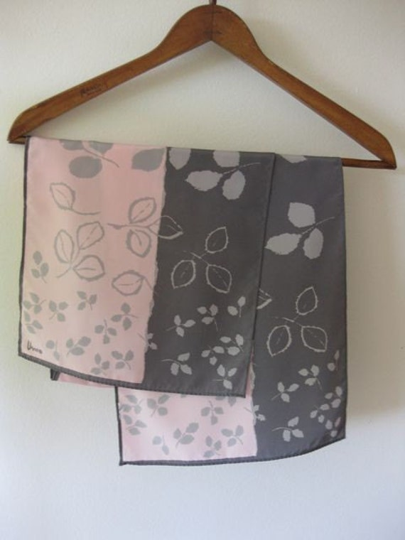 Grey and Pink Leaves Vera Scarf