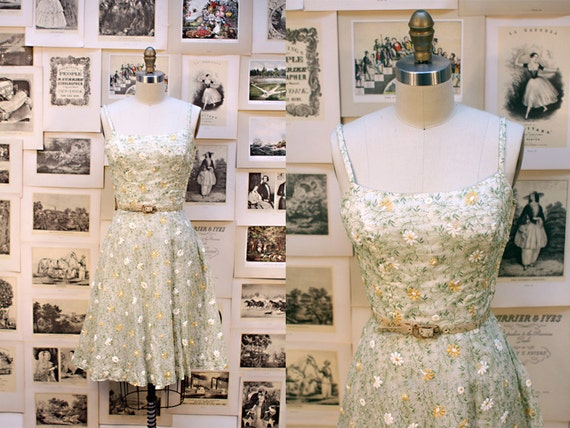 RESERVED FOR NZ please do not purchase 1950's Ivory Garden Embroidered Tea Party Dress