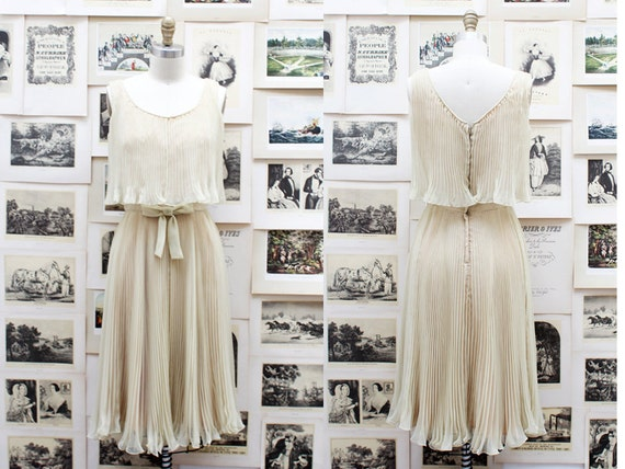 1950's Ethereal and Gorgeous Pleated Party Dress in Nude and Faint Green