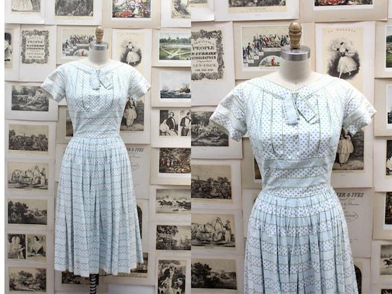 1950's Sweet Blue Garden-Print Day Dress
