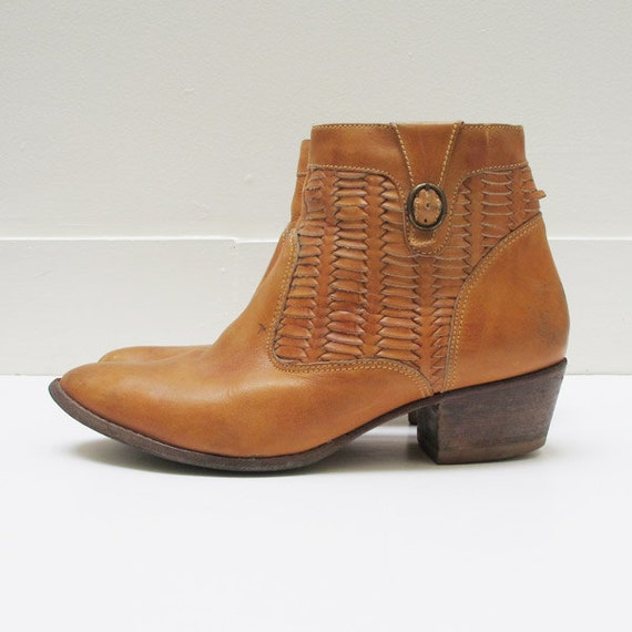 VIntage Womens Carmel Tan Leather Ankle Boots Size 9 Size 9.5