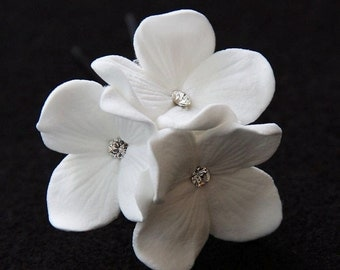 Bridal Hair Pin, Hydrangea Trio Decorated With Clear Crystal Swarovski Rhinestones,  White Or Ivory Bridal, Bridesmaids Hair Flowers