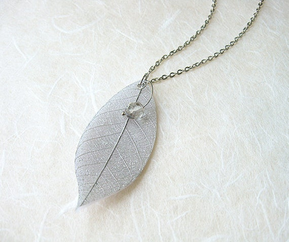 FREE WORLDWIDE SHIPPING - Silver Leaf Necklace