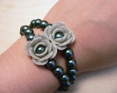 Gray Granite Rose and Pearl Bracelet