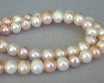 Beautiful freshwater pearl mix, white, ivory, taupe, pale peach pearls, 7mm, 16 inch strand