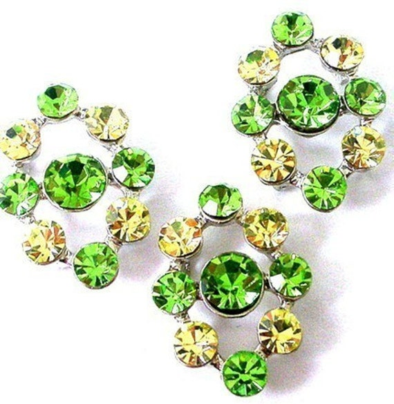2 green and yellow two hole slider beads