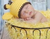 Yellow Photo Prop Baby Blanket. 2x2 Thick 'Duckling' PuffPelt Newborn Photography (Giraffe Hat Info, too)