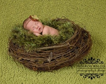 Dark Green Photo Prop Baby Photography Prop. Newborn Prop Moss 'Grass' Blanket Rug, 24 inch X 24 inch Hand Knit Fur
