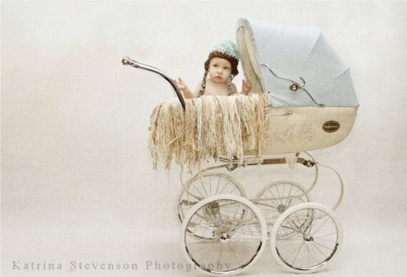 Pale Fringe Baby Blanket Yarn Photo Prop for Pram Buggy Stroller Fringie