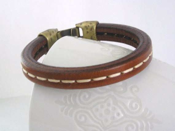 Thick natural brown spanish leather bracelet long stitch detail with brass zamak clasp