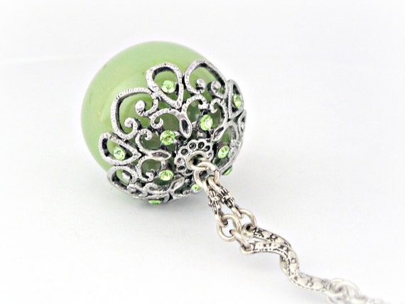 Victorian green pendant silver necklace