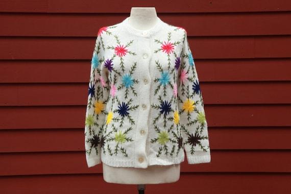 Vintage Knit Cardigan Womens Medium 60s Flowery