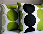"Set of 2 Cushion cover 18""x18"" Big Circle - Black, fresh kiwi green, Whitish green / UK fabric"