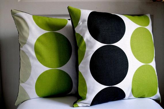 "Set of 2 Cushion cover 18""x18"" Big Circle - Black, fresh kiwi green, Whitish green / UK fabric"