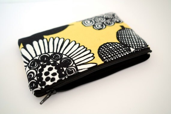 PADDED Coin Case - Mini Zipped Purse - Gadget Case - mobile case - marimekko fabric 005