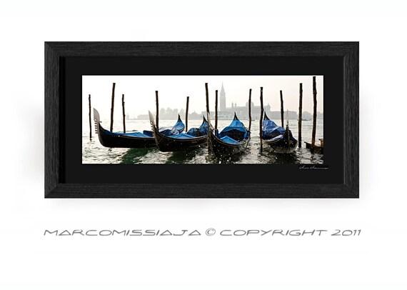 Gondole al pontile del bacino San Marco - Original Color Venice Photo in Frame