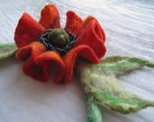"A felt necklace ""Poppy"""