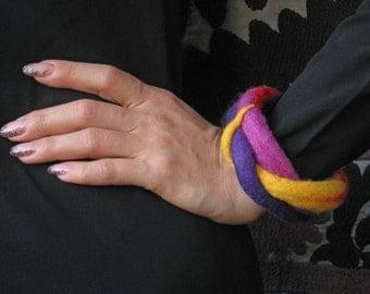 """A felt bracelet """"Rainbow"""""""
