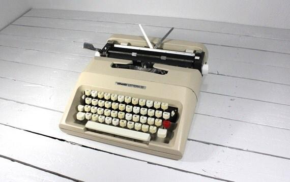 Vintage Taupe Olivetti Lettera 35 1960s Typewriter
