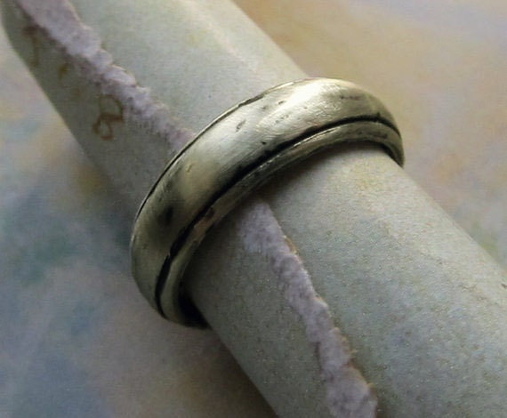 Rustic Wedding Band, 14k White Gold Men's Ring, Comfort Fit, Domed, Metalwork, Brushed, Oxidized... 5mm