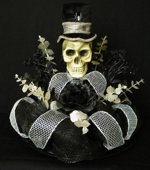 Halloween Table Centerpiece, Skull Centerpiece, Poly Deco Mesh - Item 315