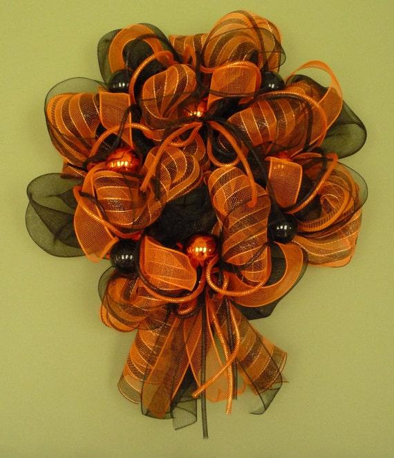 Halloween Wreath, Decor Poly Mesh Wreath, Wreaths for Doors, Front Door Wreaths, Orange Black Garland - Item 577
