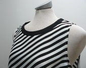 Vintage black and white striped over sized slouchy top