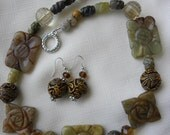 Chunky Carved Etched Jade Necklace Set Brown Green