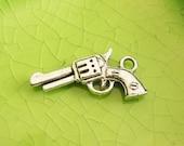 10 silver gun charms pendants firearm weapon battle fight fighting western murder mayhem double sided 21mm x 4mm - C0659-10