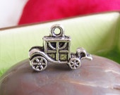 5 silver 3d carriage coach charms pendants cart wagon princess queen royal fairytale storybook 19mm x 13mm- C0687-5