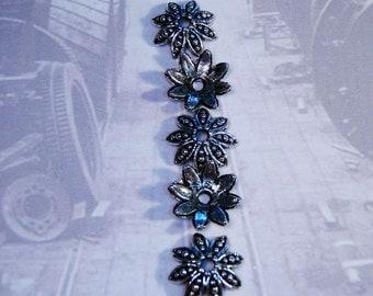 20 silver flower bead cap findings floral 15mm - bulk - C0069-20